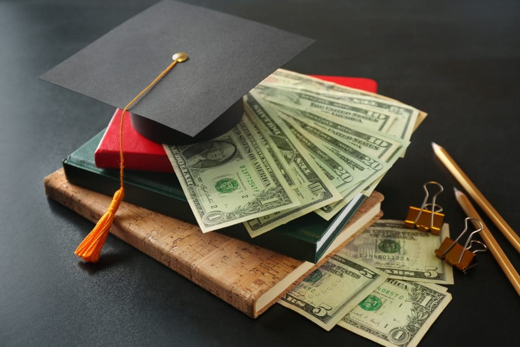 5 Tips to Reduce College Cost